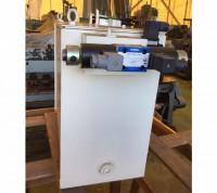 【新古品】油圧装置 42070-1